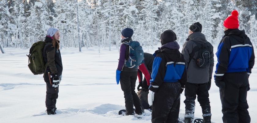 finland_lapland_saariselka_snow-shoeing.jpg